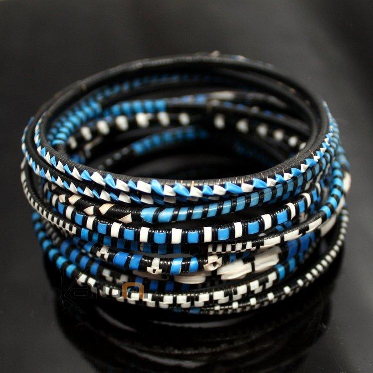 bijoux ethniques bracelets africains fin plastique homme femme enfant lot 6 ou 12 bleu bracelet. Black Bedroom Furniture Sets. Home Design Ideas