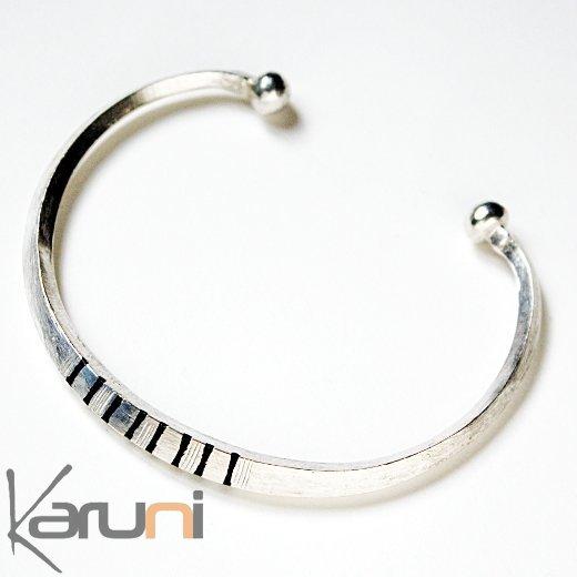 bijoux ethniques touareg africains bracelet en argent 750. Black Bedroom Furniture Sets. Home Design Ideas