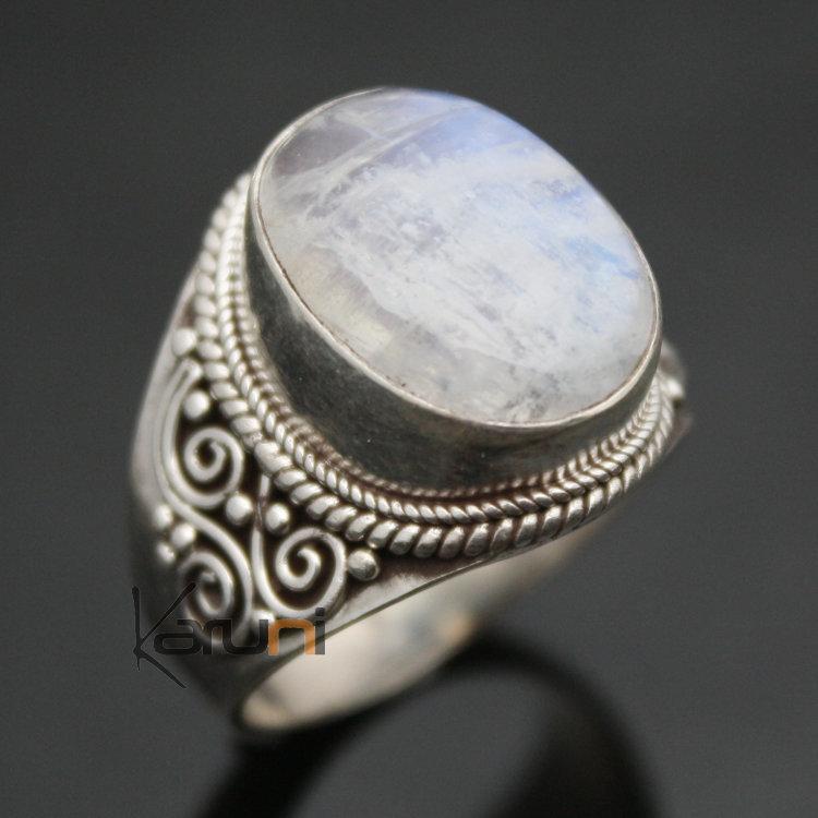 bijoux ethniques indiens bague en argent massif 925 nepal 52 chevali re pierre de lune homme. Black Bedroom Furniture Sets. Home Design Ideas