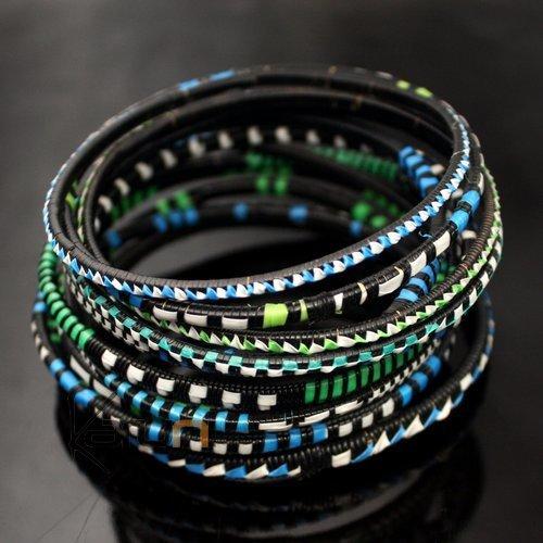 bijoux ethniques bracelets africains fin plastique homme femme enfant lot 6 ou 12 bleu vert. Black Bedroom Furniture Sets. Home Design Ideas