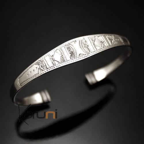 bijoux touareg ethniques bracelet en argent large bouts. Black Bedroom Furniture Sets. Home Design Ideas