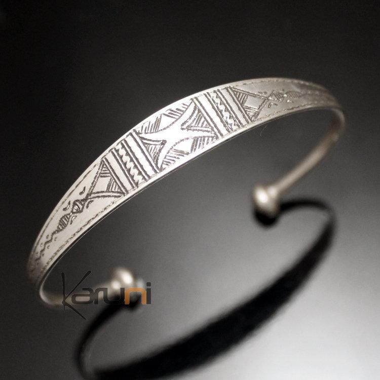 bijoux touareg ethniques bracelet en argent large grav homme femme 21. Black Bedroom Furniture Sets. Home Design Ideas