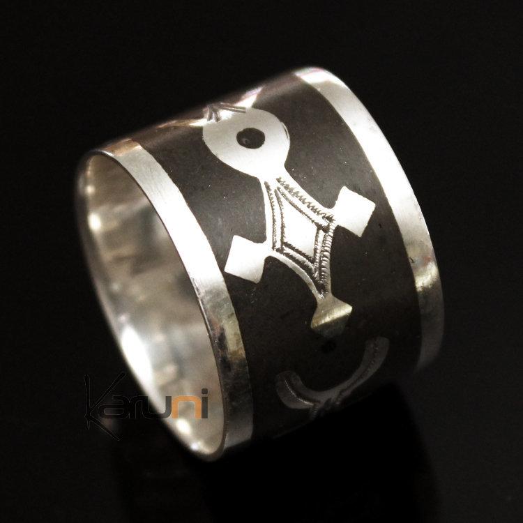 bijoux touareg ethniques en argent bague anneau alliance homme femme b ne large croix agadez. Black Bedroom Furniture Sets. Home Design Ideas