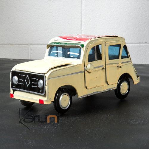 voiture de collection miniature 4l renault canette recycl e m tal blanche madagascar. Black Bedroom Furniture Sets. Home Design Ideas
