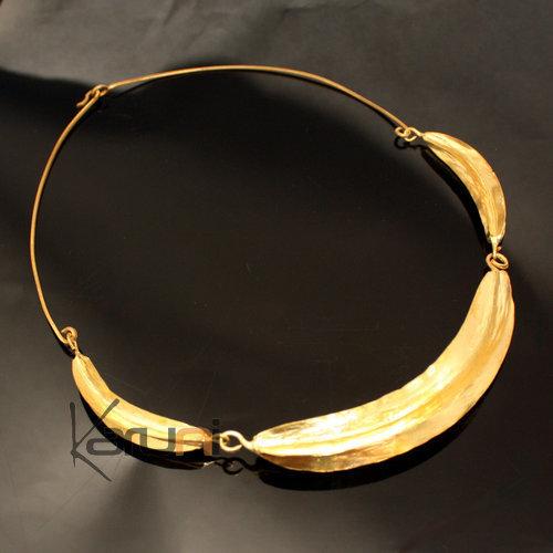 bijoux ethniques africains collier tour de cou en bronze peul fulani 3 feuilles karuni. Black Bedroom Furniture Sets. Home Design Ideas