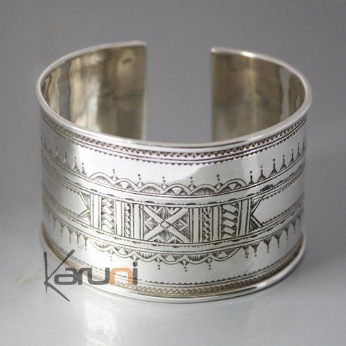 bijoux touareg ethniques bracelet manchette en argent large grav 04. Black Bedroom Furniture Sets. Home Design Ideas