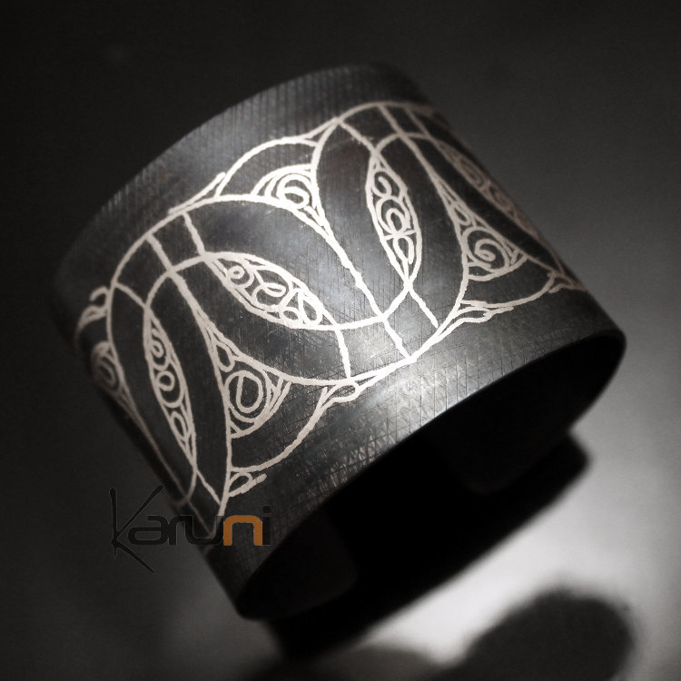 Bijoux Ethniques Orientaux Berbères Bracelet en Acier et Argent Massif  Filigranes 16 Manchette 4,5 cm Damasquinerie du Maroc Meknes