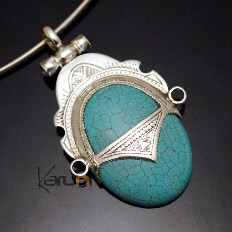 Collier pendentif pierre bleu