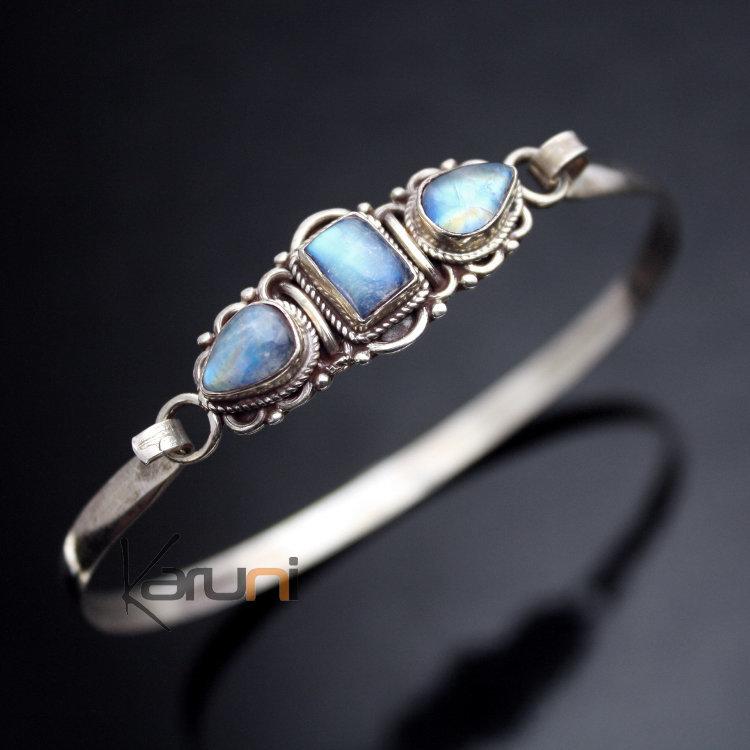 bijoux ethniques indiens bracelet en argent massif 925 nepal 08c jonc 3 pierres de lune attache. Black Bedroom Furniture Sets. Home Design Ideas