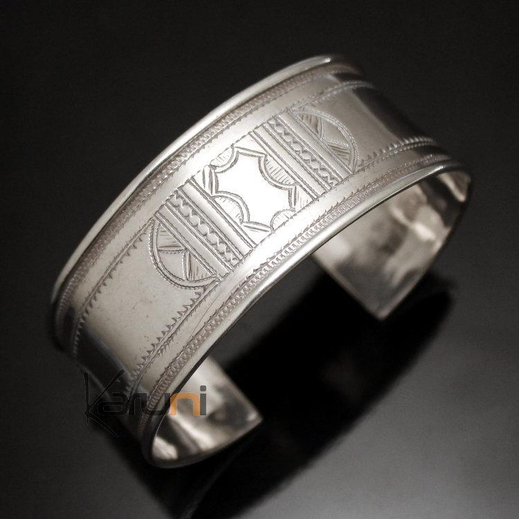 bijoux touareg ethniques bracelet en argent large plat bandeau grav homme femme 13. Black Bedroom Furniture Sets. Home Design Ideas