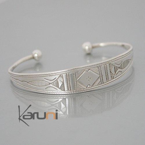 bijoux touareg ethniques bracelet en argent large grav. Black Bedroom Furniture Sets. Home Design Ideas