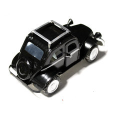 Voiture de Collection Miniature Traction Citroën Canette Recyclée Métal 10 cm Noir Madagascar
